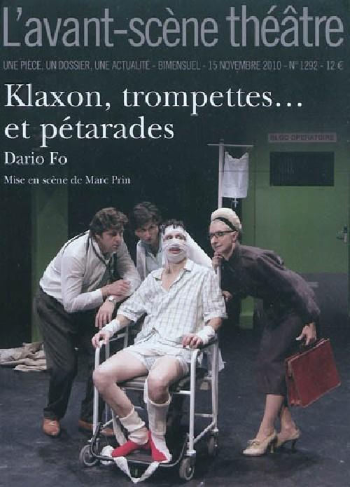 KLAXON, TROMPETTES ET PETARDS